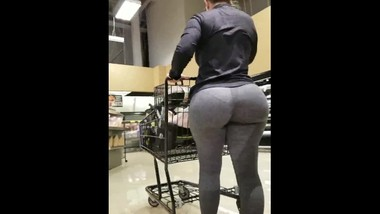 Albertson's booty candid