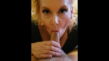 Blonde MILF Cougar Mom blow job Makes him cum first video