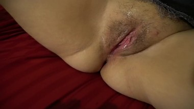 V Mommy's Dripping Wet Pussy After Some Vibrator Fun