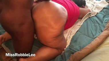 Huge White Milf Booty Bouncing on DIck Doggy Style!! {I.G.-@Milf_RobbieLee