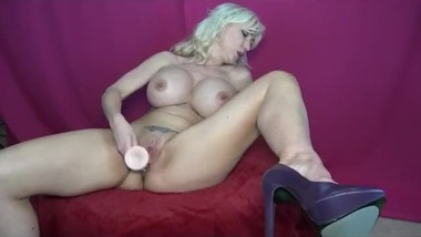 Victoria Lobov Playing with a dildo!