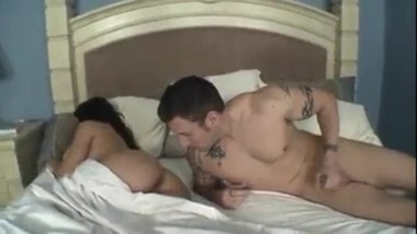Sleeping porn: Mommy and Son Sharing Bed Turns Into Fucking