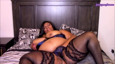 BBW Panty Masturbation In Sexy Lingerie HD