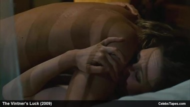 Celebs Keisha Castle-Hughes & Vera Farmiga Nude And Sex Movie Scenes