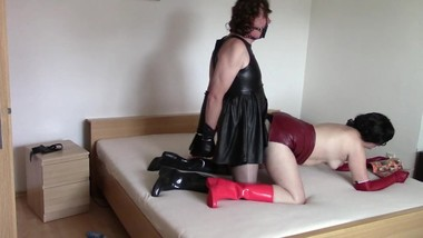 Black and red lady, part five: Handjob and doggy style