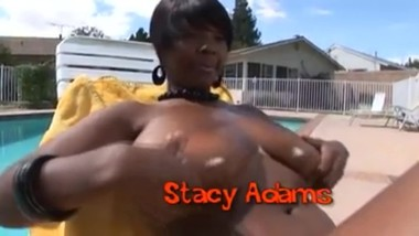 Stacy Adams is getting some sun