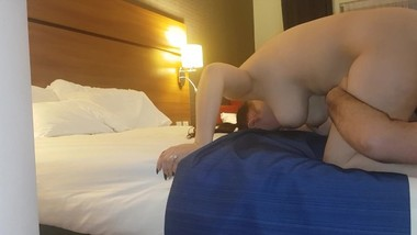 Morning orgasm - his tongue lick's my pussy and make's me have an orgasm