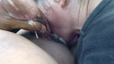 This thot didn't know how much I can nut in her mouth total surprise cum