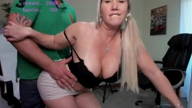 chaturbate camshow sex in office