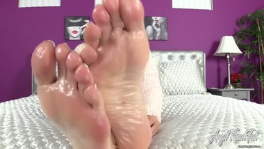 Nikki Ashton - Cock Ready Slick Shiny Soles - Feet JOI