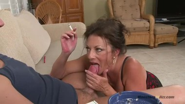 Margo Smokes and Drains a Load of Boy Nut