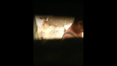 SPYING ON SISTER(OTHER) BATHROOM p2