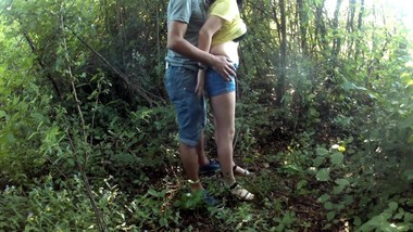 Outdoor recreation,Blowjob in the forest - Aylin Ayla