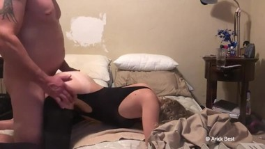 Real homemade step mom loves me fucking her doggy while dads working