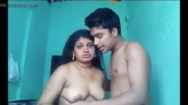 Indian Mom and StepSon Fucking (Homemade) - Full Video visit swp.me/paZg