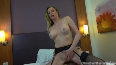 Hot Milf Holly Kiss Creampie Interview
