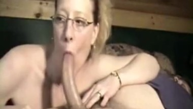 Mom deepthroat long cock