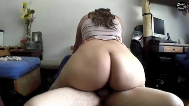 My girlfriend´s MOM RIDES MY DICK better than my GF