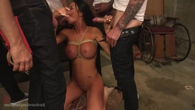 Jasmine Jae yearns to be gangbanged