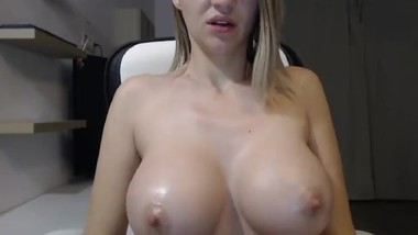 HUGE DDD OILED TITS TEASING AND MASSAGE !!! - 4K