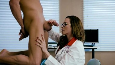 Ring The Alarm - Doctor Ariella Ferrera [ZeroPMV]