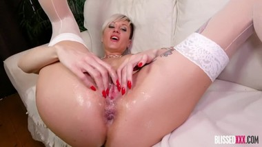 Hardcore Anal Sex with European Tattooed MILF Tanya Virago