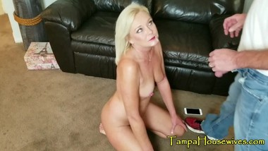 Horny Housewives Love Their Creampies & Facials