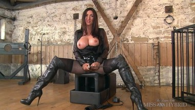 Latex_And_Leather_Ride