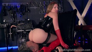 MistressT-Arse_And_Pussy_Tease