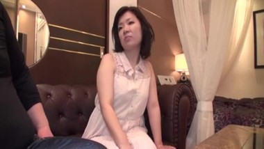 Mature Japanese wet pussy