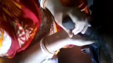 indian stepmom jerk son dick Maa ne bete ka lund hilaya hindi audio