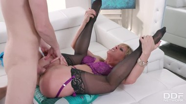 Blonde Cherie Deville loves sucking that big veiny dick before being fucked
