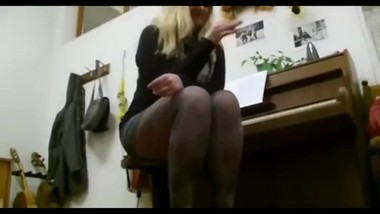 Playing Piano Pantyhose