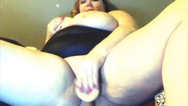 Fat mommy with huge natural tits loves age play