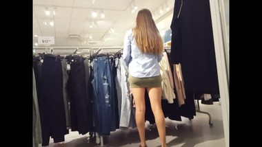 Candid voyeur hot MILF thick in tight dress shopping mall