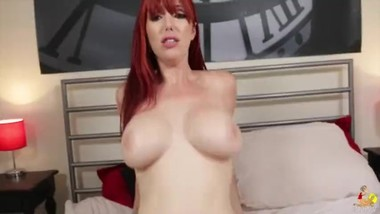 Lauren Phillips - Stretch me out POV
