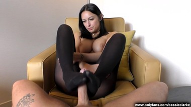 Secretary Outfit Boss Persuades You To Be Punctual With A Pantyhose Footjob