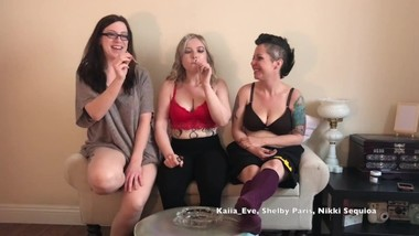 Smoking with Shelby Kaiia & Nikki