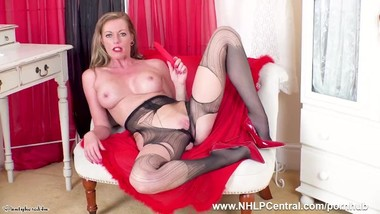 Busty Milf Holly Kiss dildos wet pussy to orgasm in pantyhose and red heels
