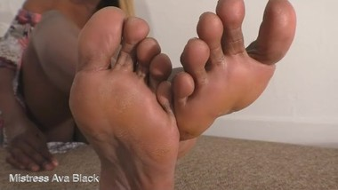 Ava's Foot Bitch