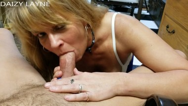 Mature Daizy Layne Deep Thoats Daddys Big Cock and Sucks his Balls.