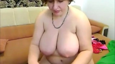 WEBCAM MATURE BBW (Who is she ?)