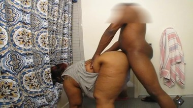 BIG BUTT MILF GETS PUMPED GOOD BY BLACK COCK EBONY STUD